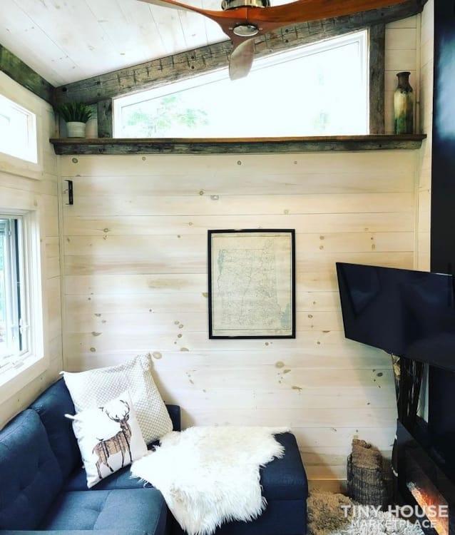 """The Hemingway"" Luxury Tiny Home - Slide 3"