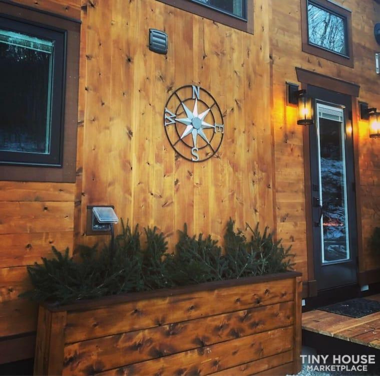 """The Hemingway"" Luxury Tiny Home - Slide 10"