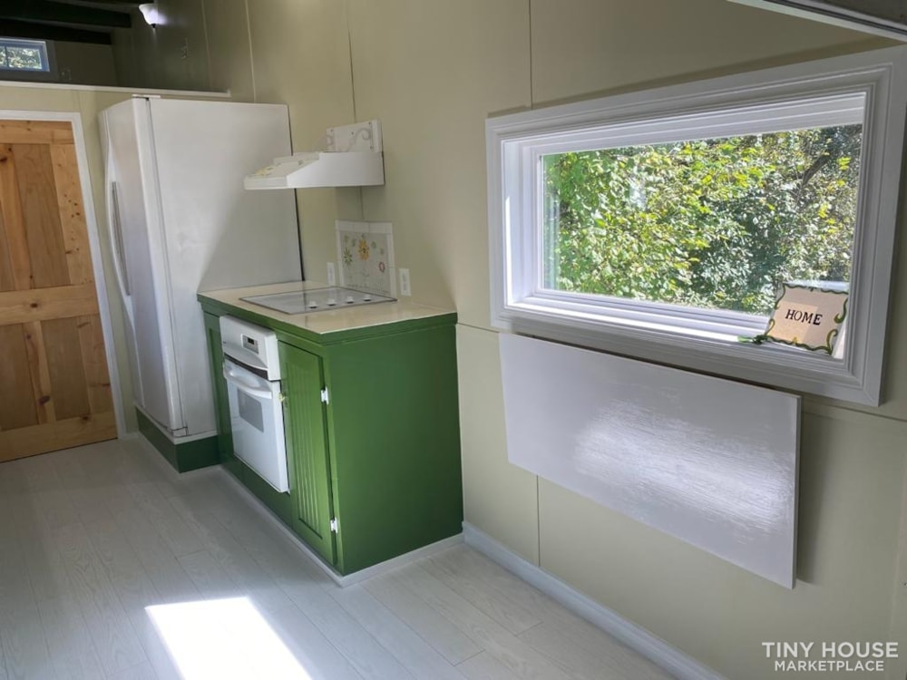 """""""The Ivy Cottage"""" 40' Tiny House on Wheels with 436 sq ft living space - Slide 10"""