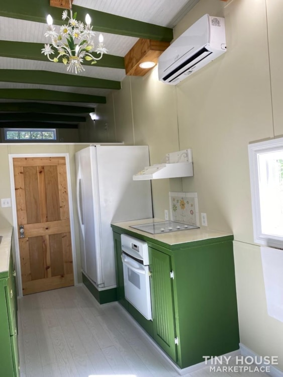 """""""The Ivy Cottage"""" 40' Tiny House on Wheels with 436 sq ft living space - Slide 12"""