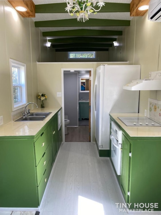 """""""The Ivy Cottage"""" 40' Tiny House on Wheels with 436 sq ft living space - Slide 14"""