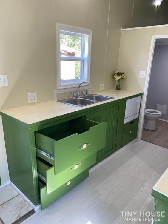 """""""The Ivy Cottage"""" 40' Tiny House on Wheels with 436 sq ft living space - Slide 17"""