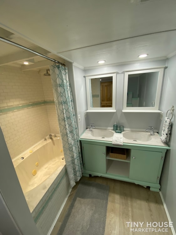 """""""The Ivy Cottage"""" 40' Tiny House on Wheels with 436 sq ft living space - Slide 29"""
