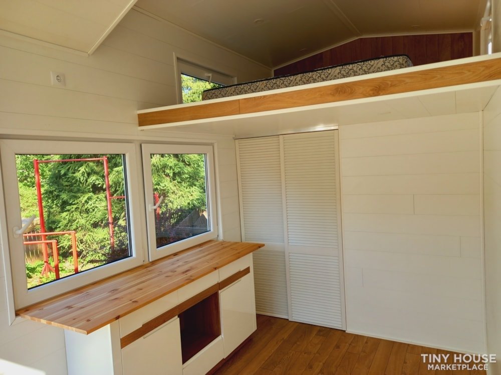 12.5 square meters tiny house - Slide 9