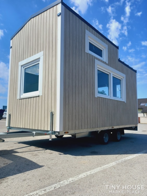 12.5 square meters tiny house - Slide 2