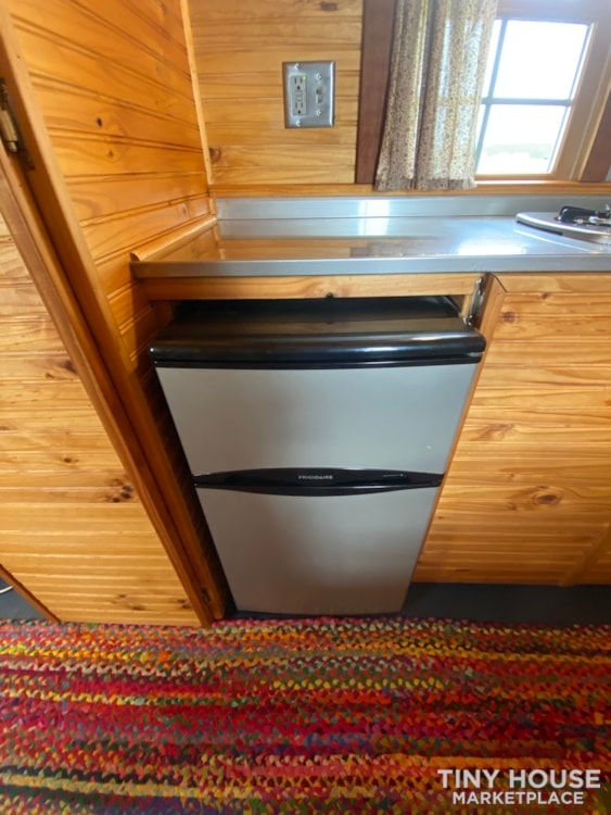 120 sq' Tiny House with deck for sale: WI - Slide 9