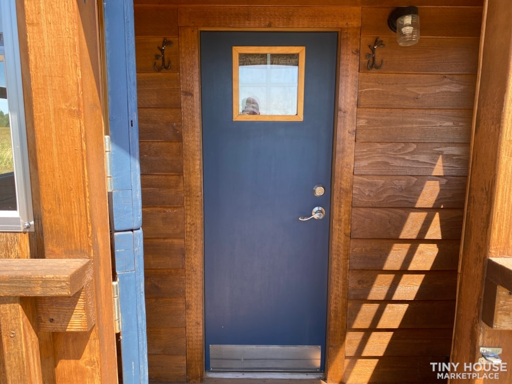 120 sq' Tiny House with deck for sale: WI - Slide 3
