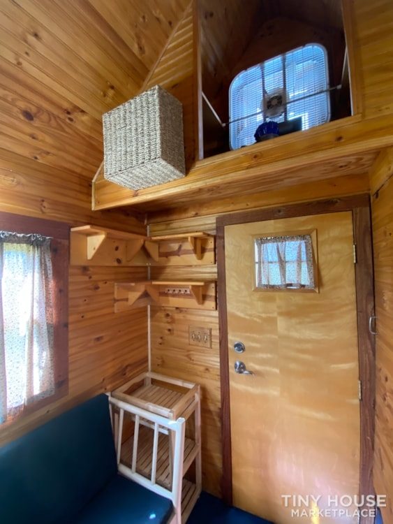 120 sq' Tiny House with deck for sale: WI - Slide 17