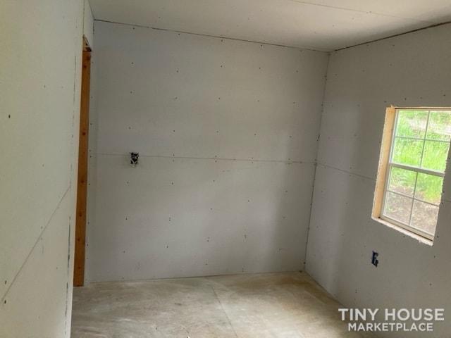 14 x 40 Tiny Home - Slide 5
