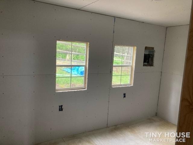 14 x 40 Tiny Home - Slide 6
