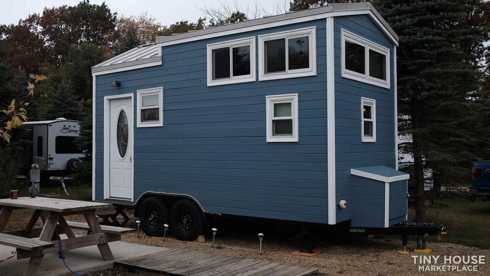 18' Tiny House for sale in Las Vegas - Slide 1