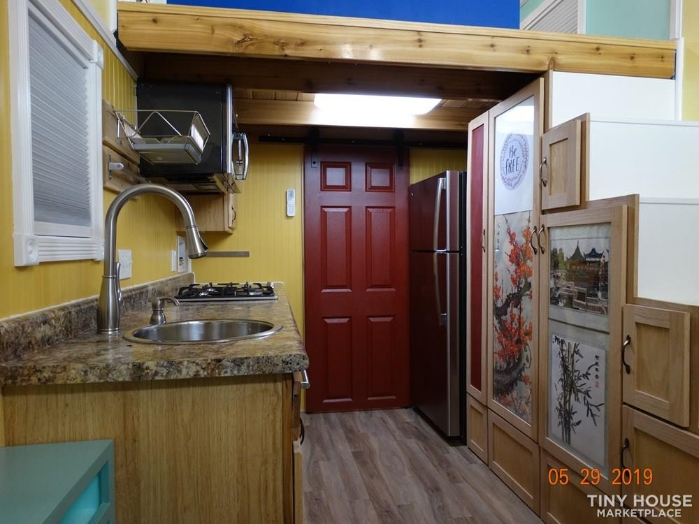 18' Tiny House for sale in Las Vegas - Slide 5