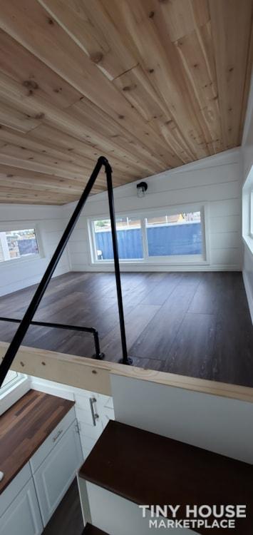 18ft Bay Cottage - Slide 9