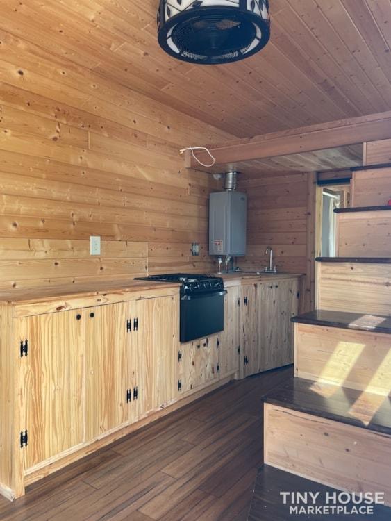 2015 built 8x20 Tiny Home - Slide 8