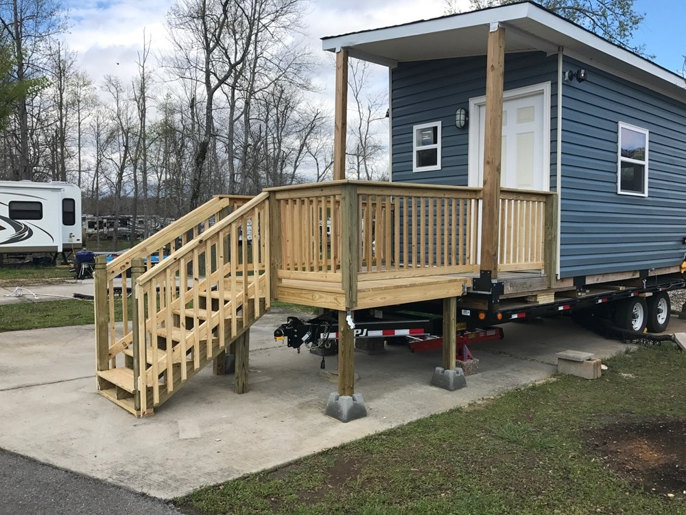 Tennessee Tiny House - Slide 5