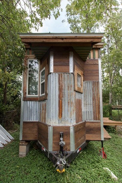 Cedar haven, spacious 200sf tiny home for sale  - Slide 2