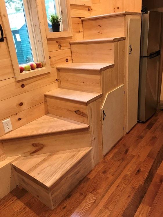 Rustic 24' Tiny House - Built June 2017 - Slide 7