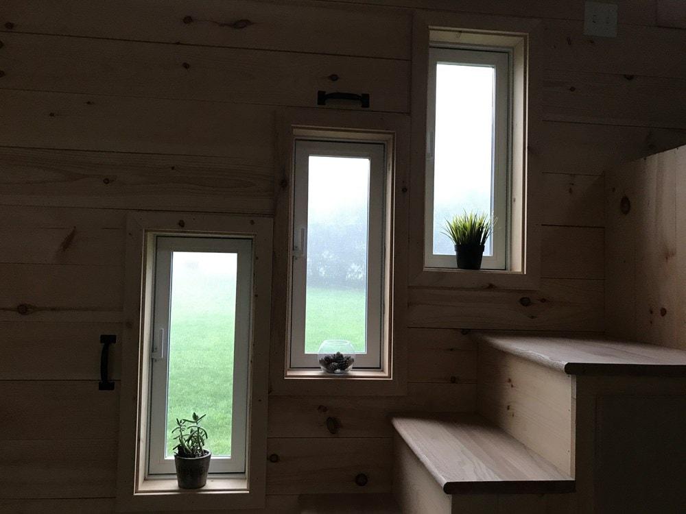 Rustic 24' Tiny House - Built June 2017 - Slide 8