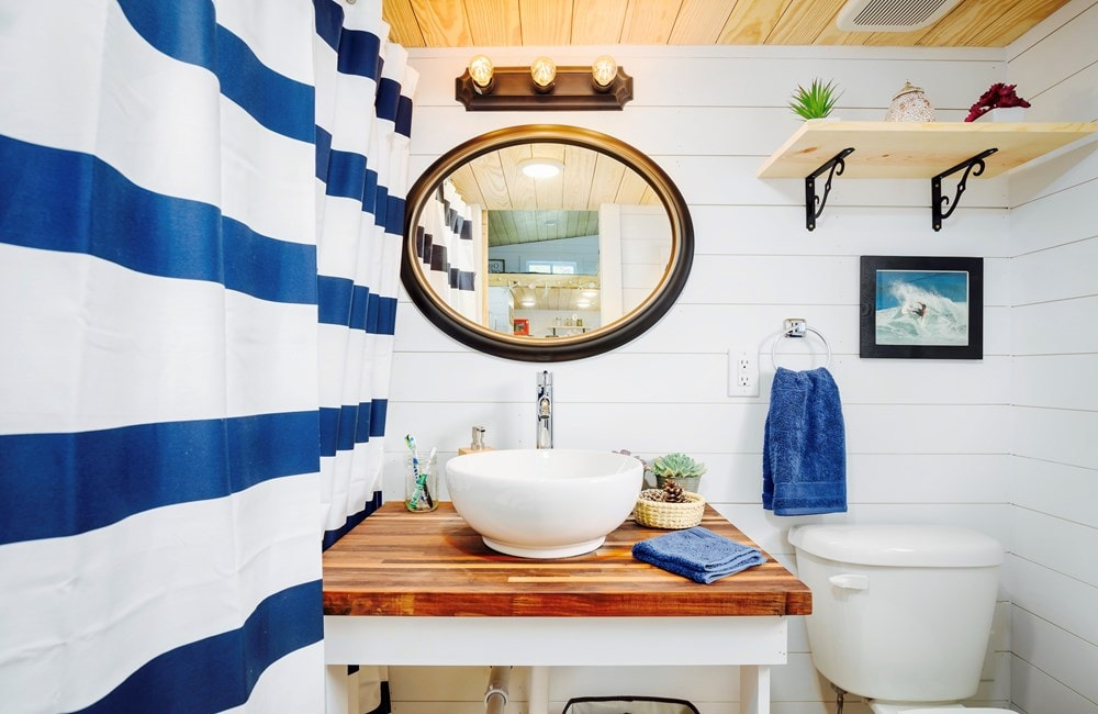 FEATURED ON DIY TV, Charlestonian Dream, 320 sf Tiny House. Land not included. - Slide 9