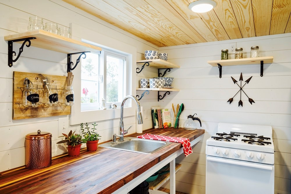 FEATURED ON DIY TV, Charlestonian Dream, 320 sf Tiny House. Land not included. - Slide 6