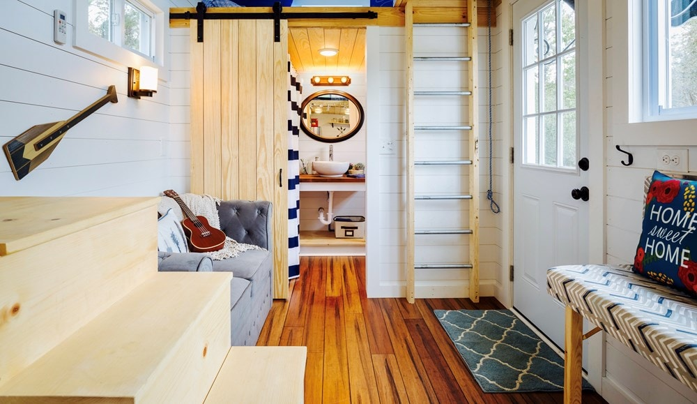 FEATURED ON DIY TV, Charlestonian Dream, 320 sf Tiny House. Land not included. - Slide 8