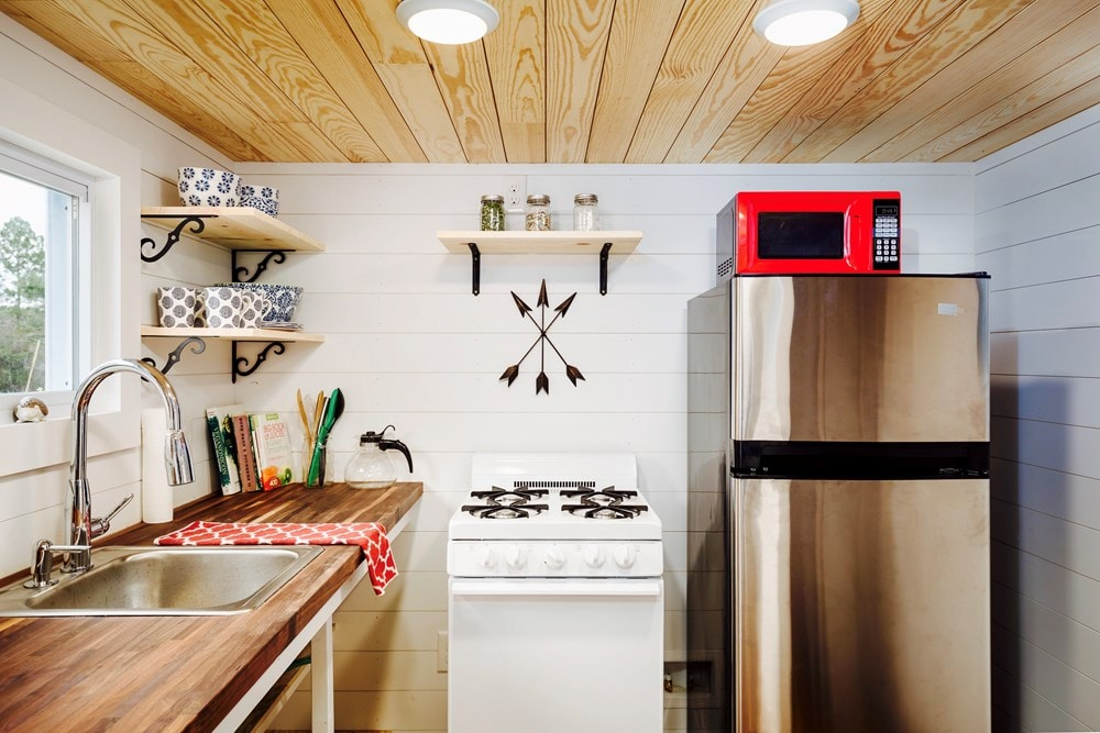 FEATURED ON DIY TV, Charlestonian Dream, 320 sf Tiny House. Land not included. - Slide 7