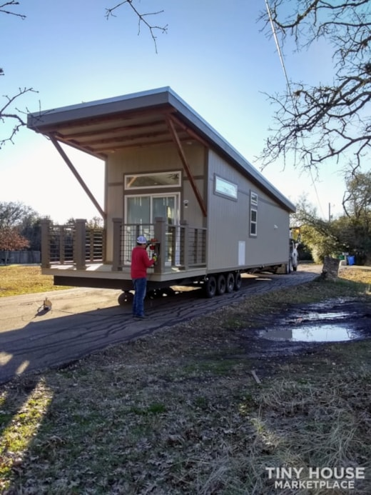 2018 Athens Park Model Tiny Home, Model APS 536 MS, with extras