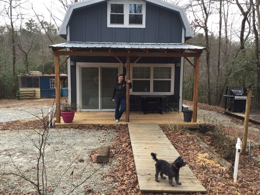 Tiny Farmhouse - Slide 3