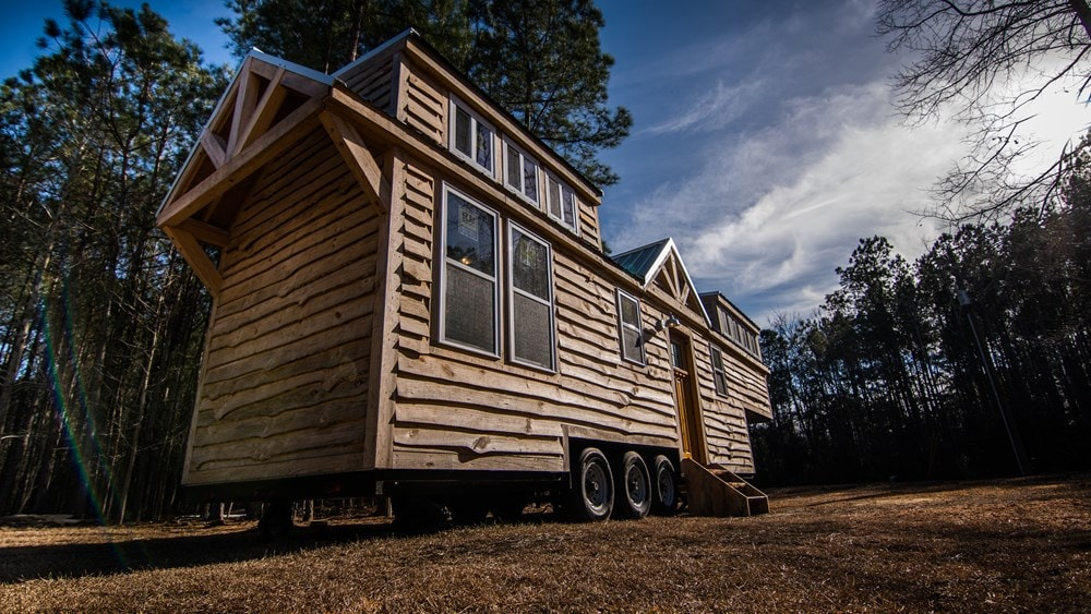 Rustic Goosneck Tinyhouse 39ft - Slide 2