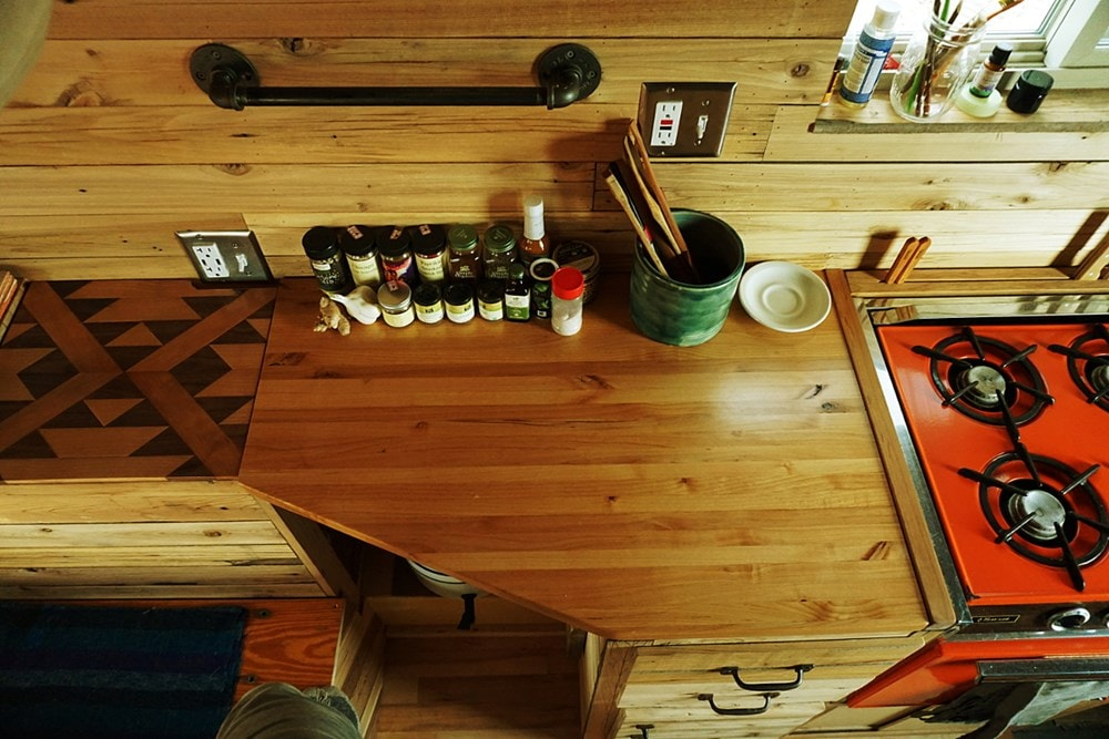 The 12 foot cedar Wheelie Shack - Slide 10