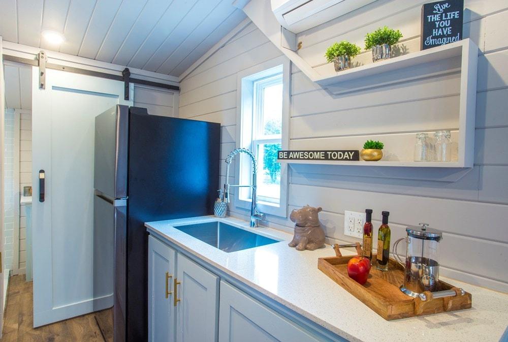 Modern Tiny Home! Ultra Lightweight! We Deliver!  - Slide 5