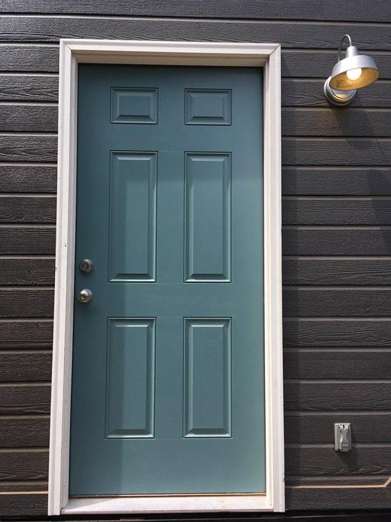 Beautiful 28ft Custom Tiny House - Slide 3