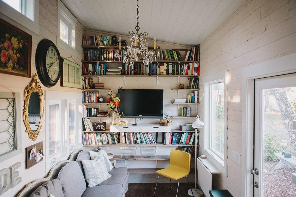 Beautiful Tiny Home  Portland, OR - Slide 4