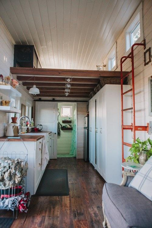 Beautiful Tiny Home  Portland, OR - Slide 6
