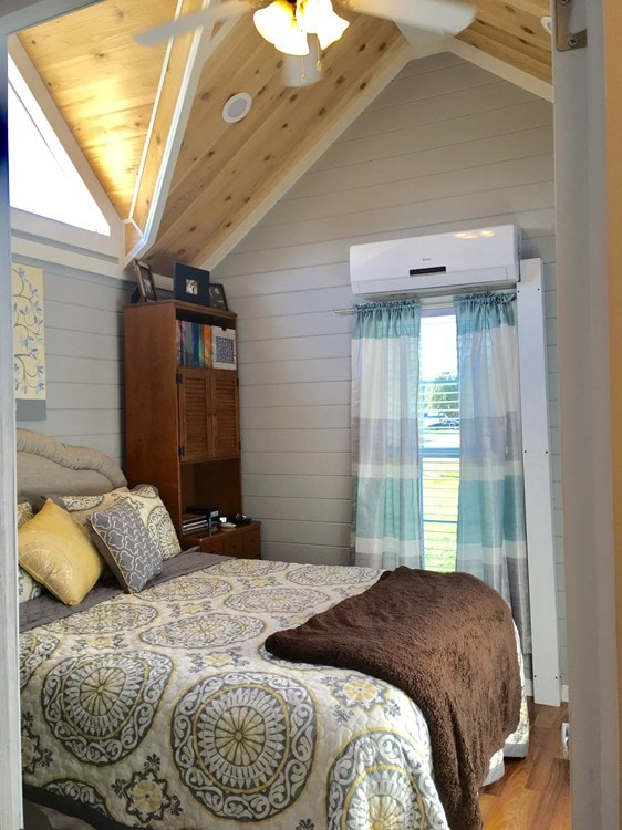 Tiny House for sale in Alabama- Fully Furnished! - Slide 4