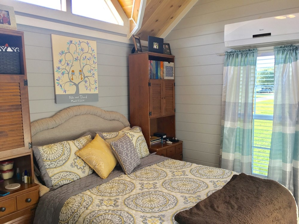Tiny House for sale in Alabama- Fully Furnished! - Slide 3