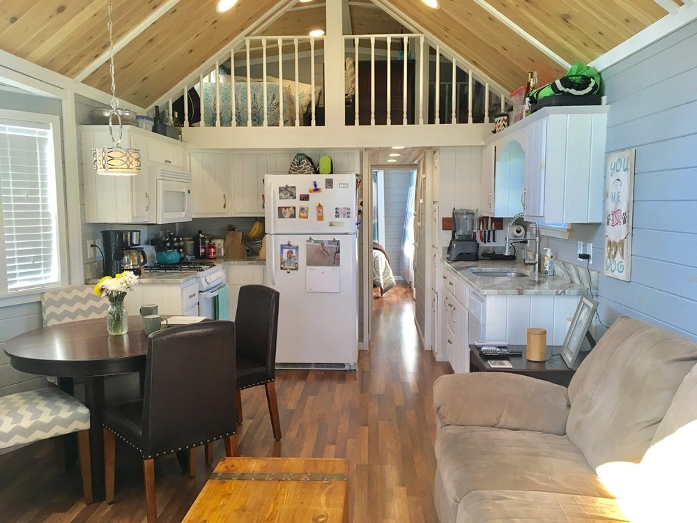 Tiny House for sale in Alabama- Fully Furnished! - Slide 2