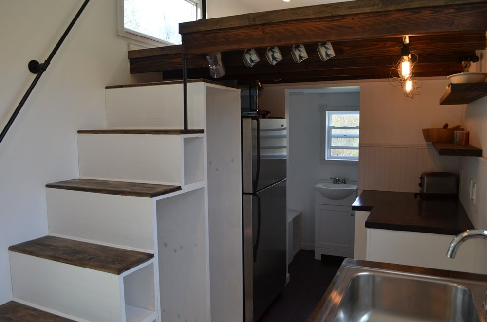 ***PENDING***   Beautiful 25ft Tiny House on Wheels for Sale in Upstate New York - Slide 5