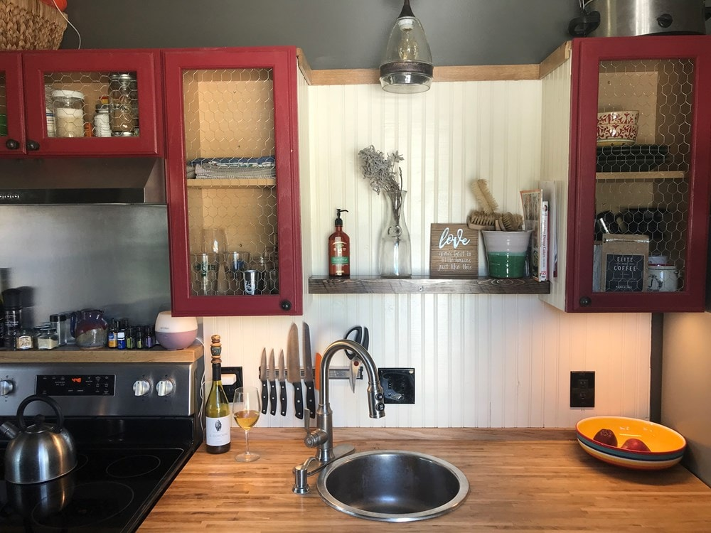 Quaint Shipping Container Home  - Slide 3