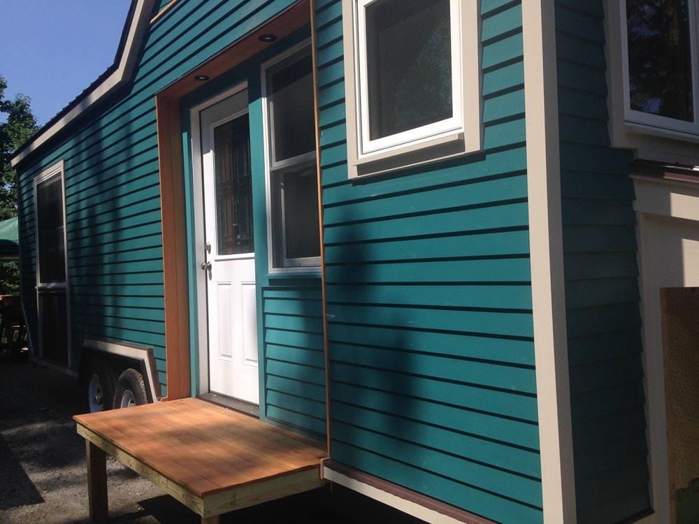 Custom Tiny House Ready to Go  - Slide 5
