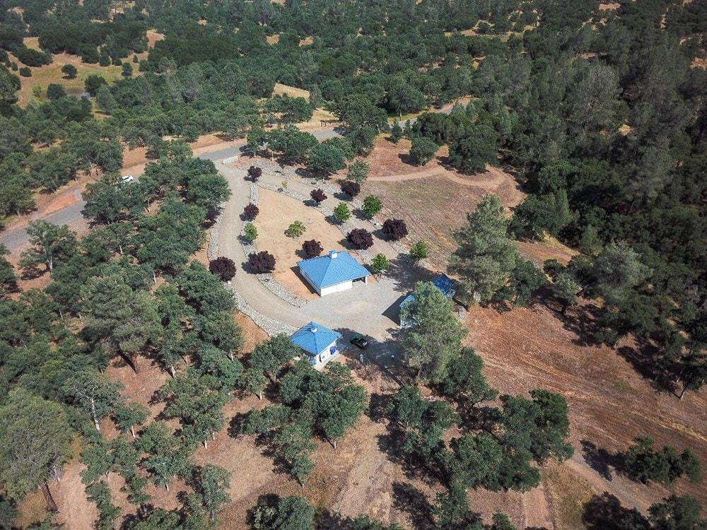 Cottonwood, CA home w/ 39 acres & pond (cash buyers only) - Slide 3