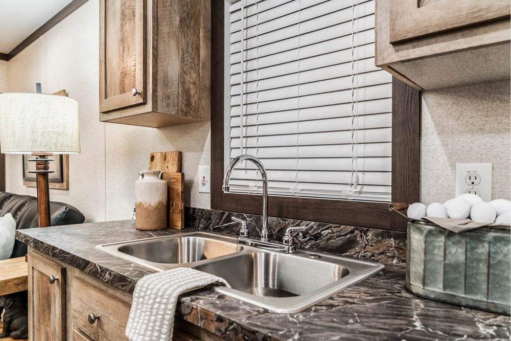 Apex Cabin   Design Your Tiny Home - Slide 10