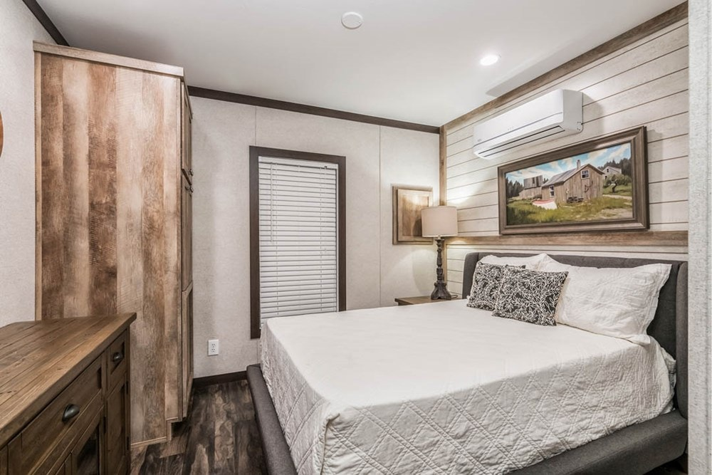 Apex Cabin   Design Your Tiny Home - Slide 6