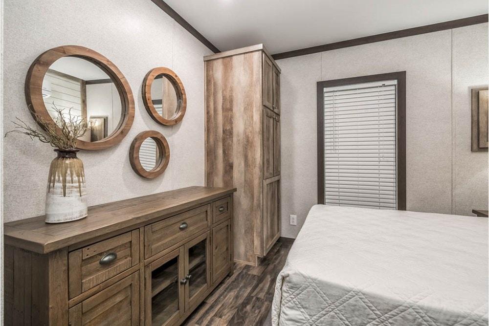 Apex Cabin   Design Your Tiny Home - Slide 7