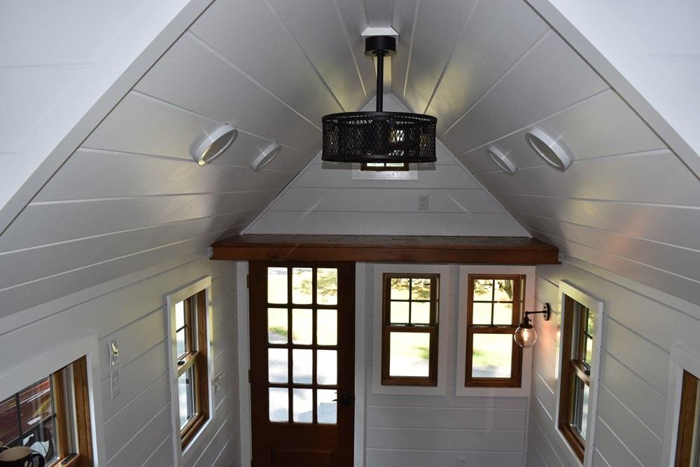 New Farmhouse Style 8'X20' Tiny House on Wheels - Slide 9