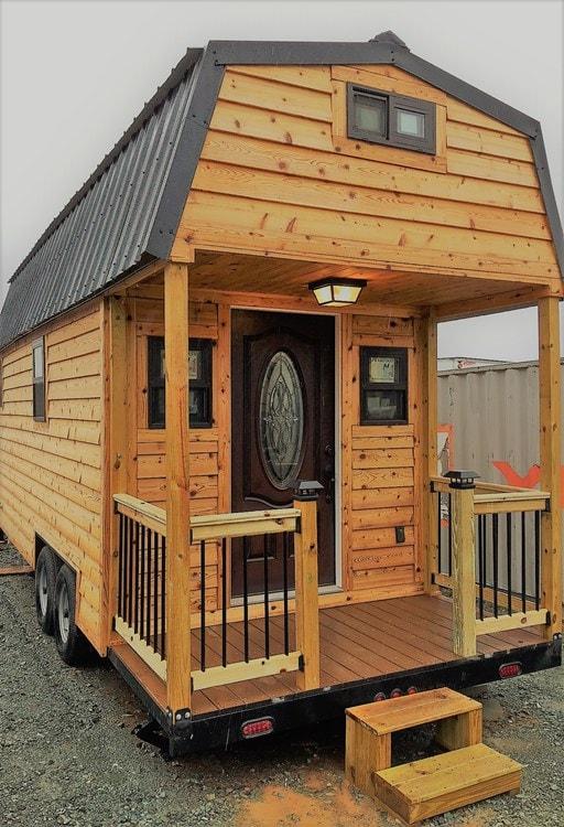 Cedar Tiny Home 24' - Slide 1