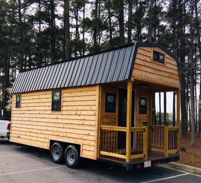 Cedar Tiny Home 24' - Slide 3