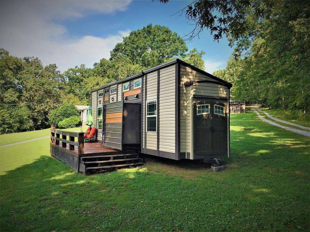 Turn Key Luxury Tiny House on Wheels SOLD - Slide 1