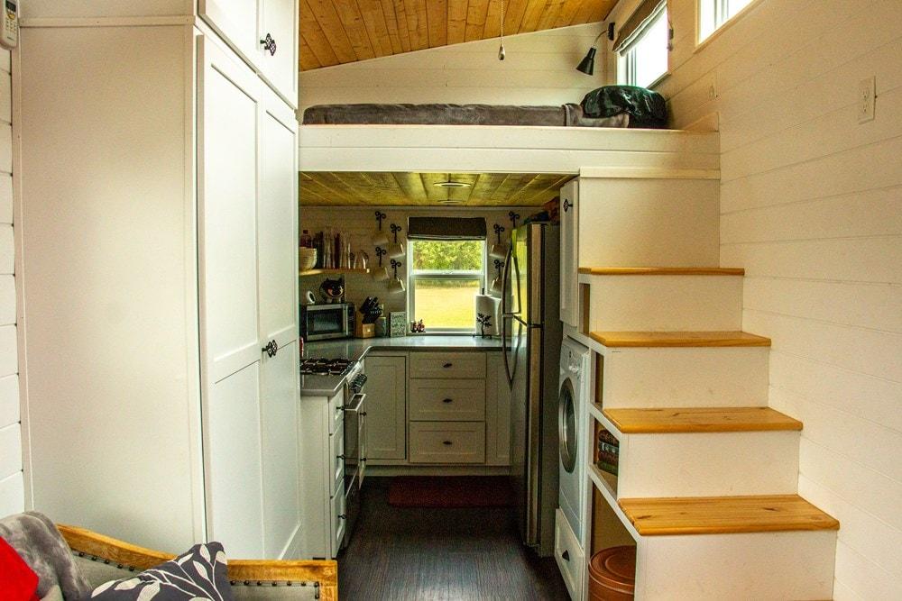 My Lovely Little Home - Slide 10