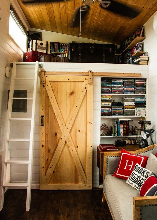 My Lovely Little Home - Slide 5